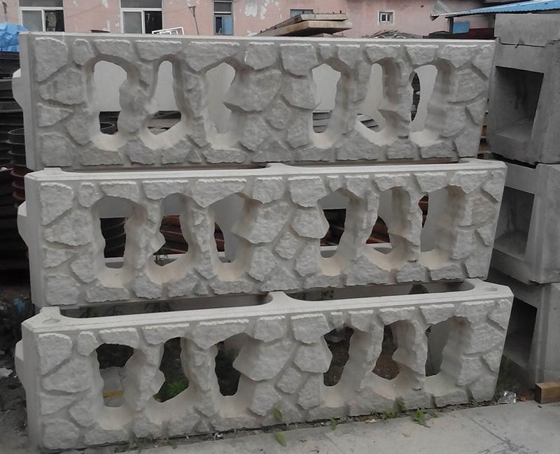 阶梯式护坡构件